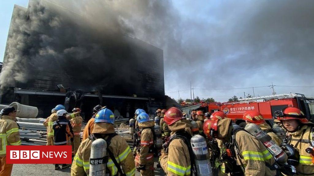 Photo of South Korea fire: Dozens killed in warehouse blaze in Icheon