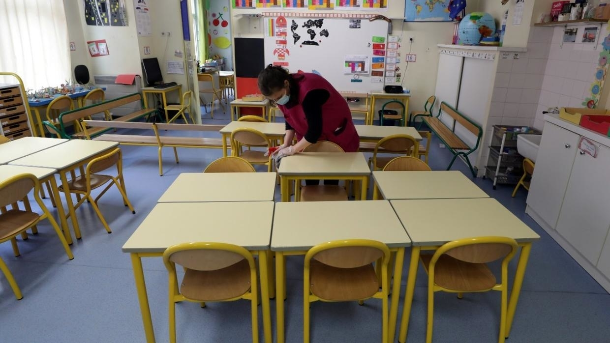 Photo of Covid-19: Older school children should wear masks, French science council says
