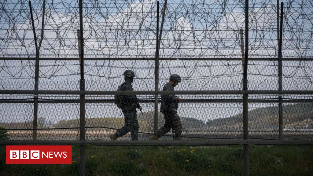 Photo of North and South Korea exchange gunfire at border