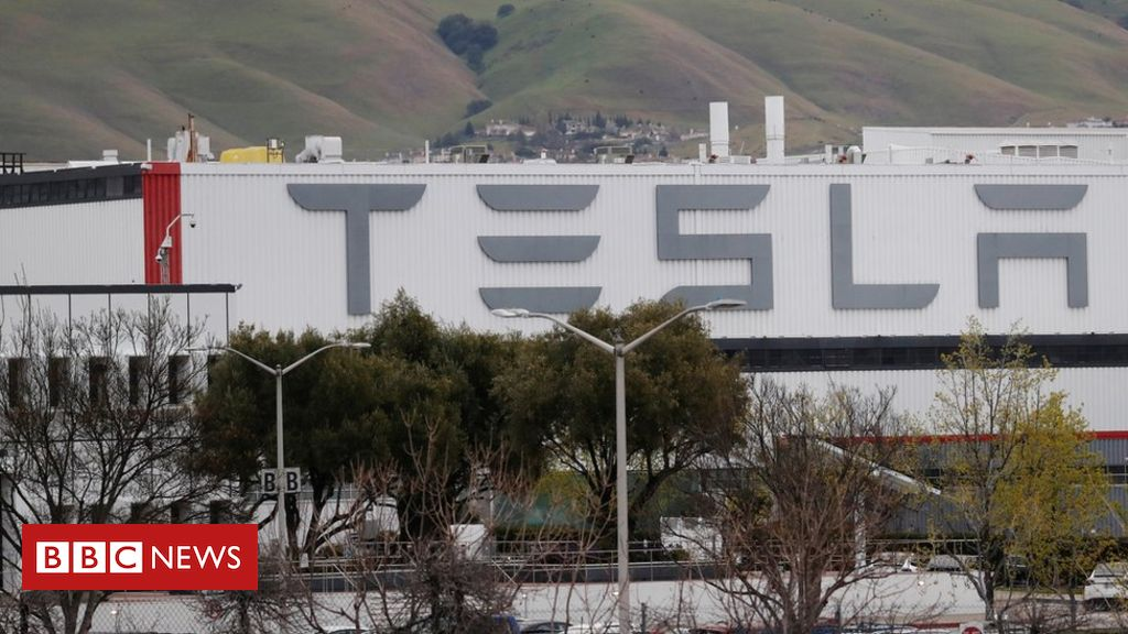 Photo of Coronavirus: Tesla ordered to keep main US plant closed