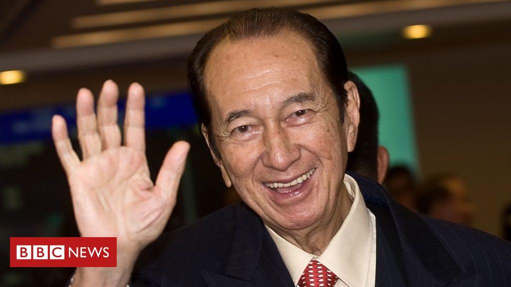 Photo of Stanley Ho: Hong Kong's 'king of gambling' dies aged 98