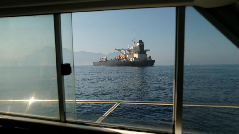 Photo of First Iranian fuel tanker arrives in Venezuela, despite US criticism