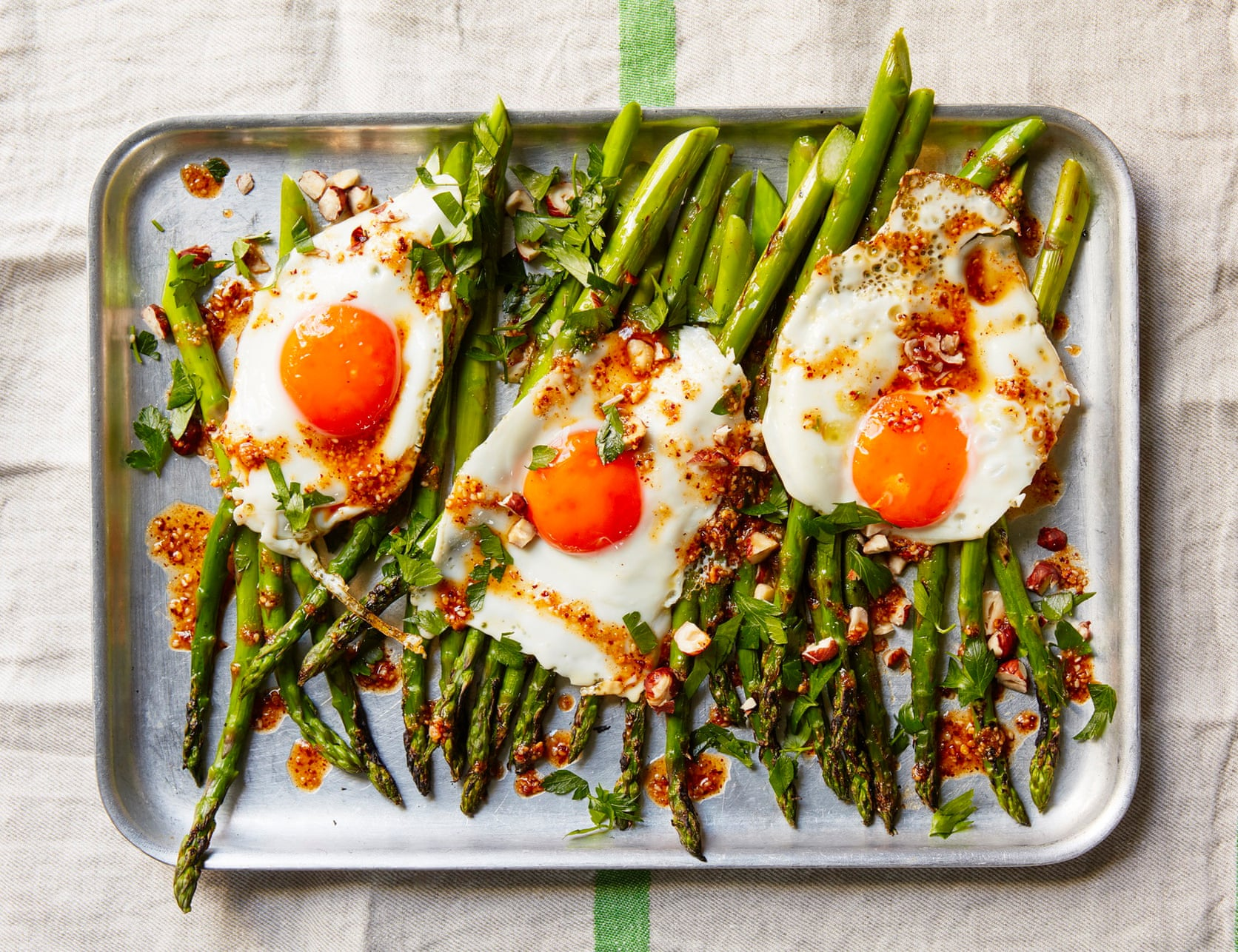 Photo of Asparagus with fried egg and salsa macha