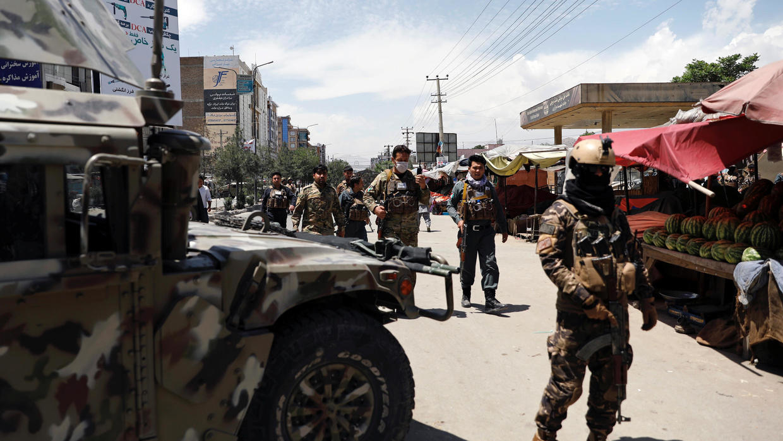 Photo of Gunmen attack Kabul hospital where MSF aid group runs a clinic