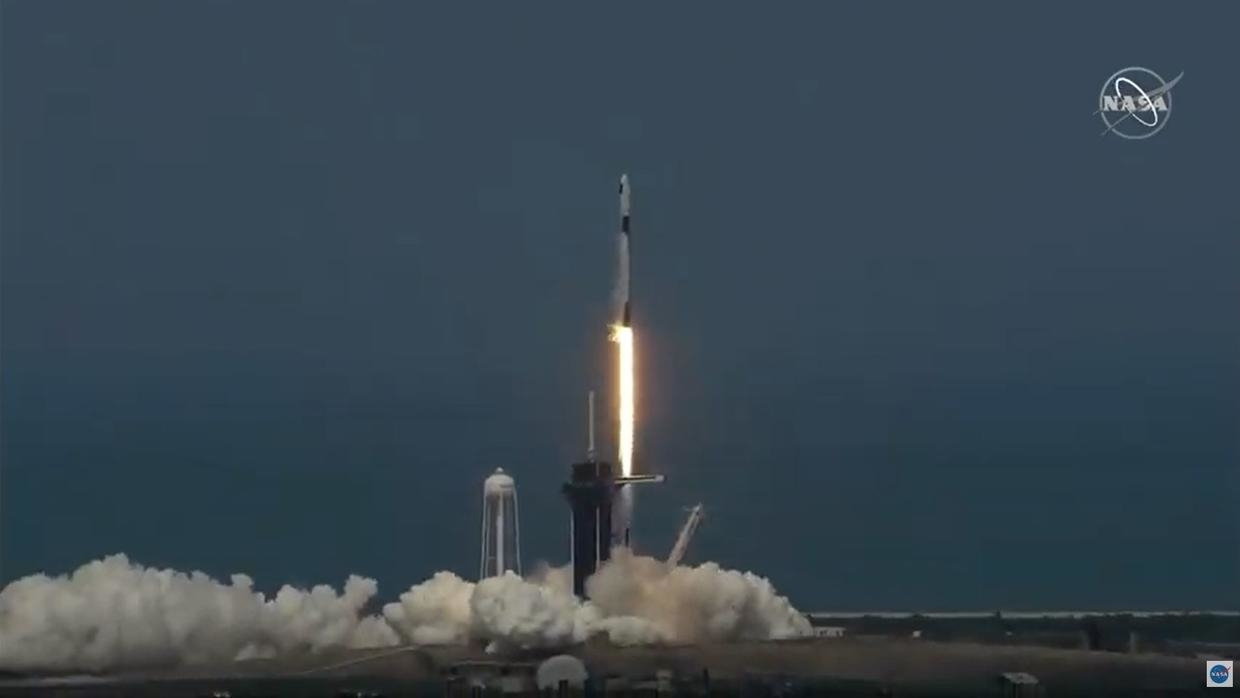 Photo of SpaceX rocket blasts off on historic private crewed flight