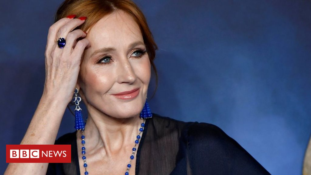 Photo of JK Rowling responds to trans tweets criticism