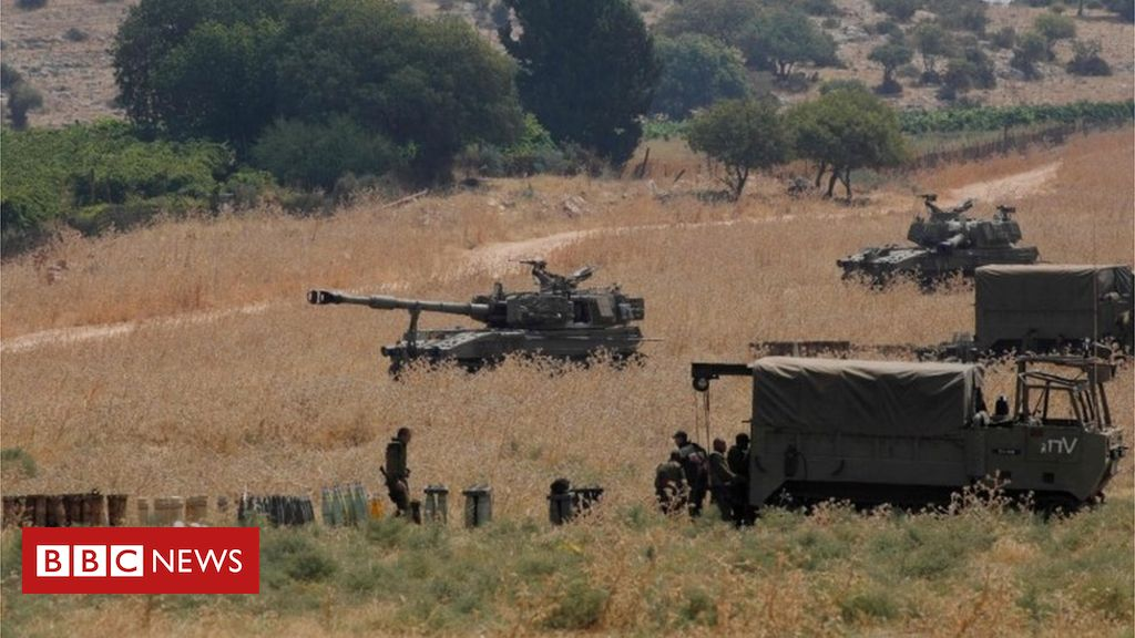 Photo of Israel 'thwarts Hezbollah infiltration from Lebanon'