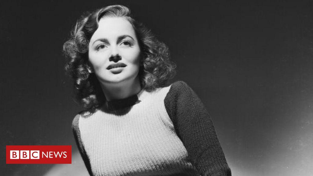 Photo of Olivia de Havilland, Golden Age of Hollywood star, dies at 104