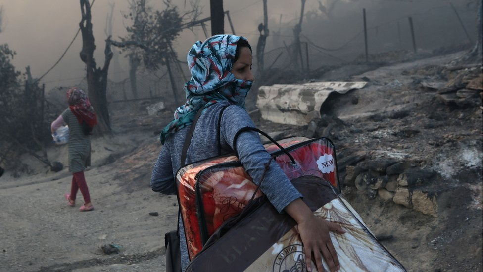 Photo of Moria migrants: Fire destroys Greece's camp on Lesbos