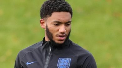 Photo of Joe Gomez: Liverpool defender's injury feared to be season-ending
