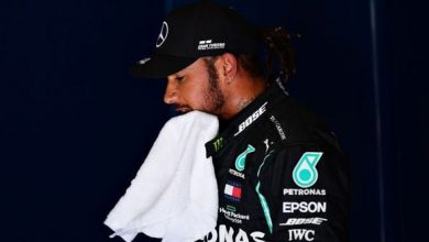Photo of Mercedes boss Toto Wolff fans flames of Lewis Hamilton and George Russell battle