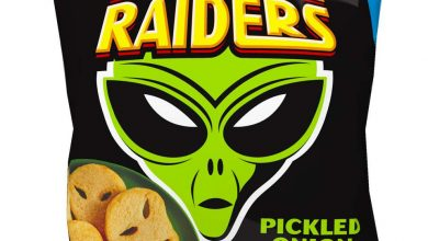 Photo of Iceland launches frozen crisps range that includes Space Raiders and Hula Hoops