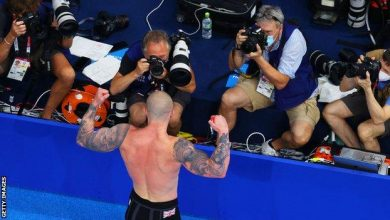Photo of Tokyo Olympics: Adam Peaty makes history as he wins Great Britain's first gold of Games