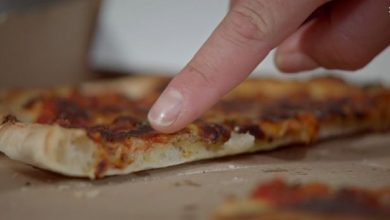 Photo of Fast-food expert on why putting pizza in the oven is a mistake – how to perfect your pizza