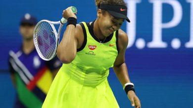 Photo of Naomi Osaka breaks down in tears following US Open meltdown